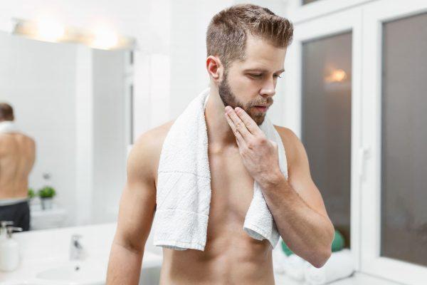Sabe como prevenir a irritacao da pele apos o barbear