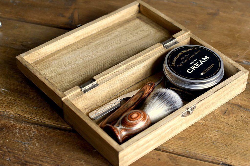 Conjunto de Barbear Tradicional com navalha barbudos.pt