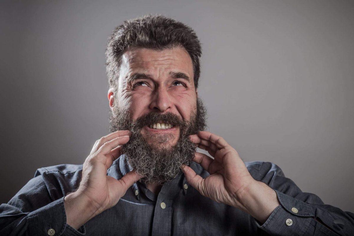 Descamação na barba e bigode. Sabe como resolver este problema?