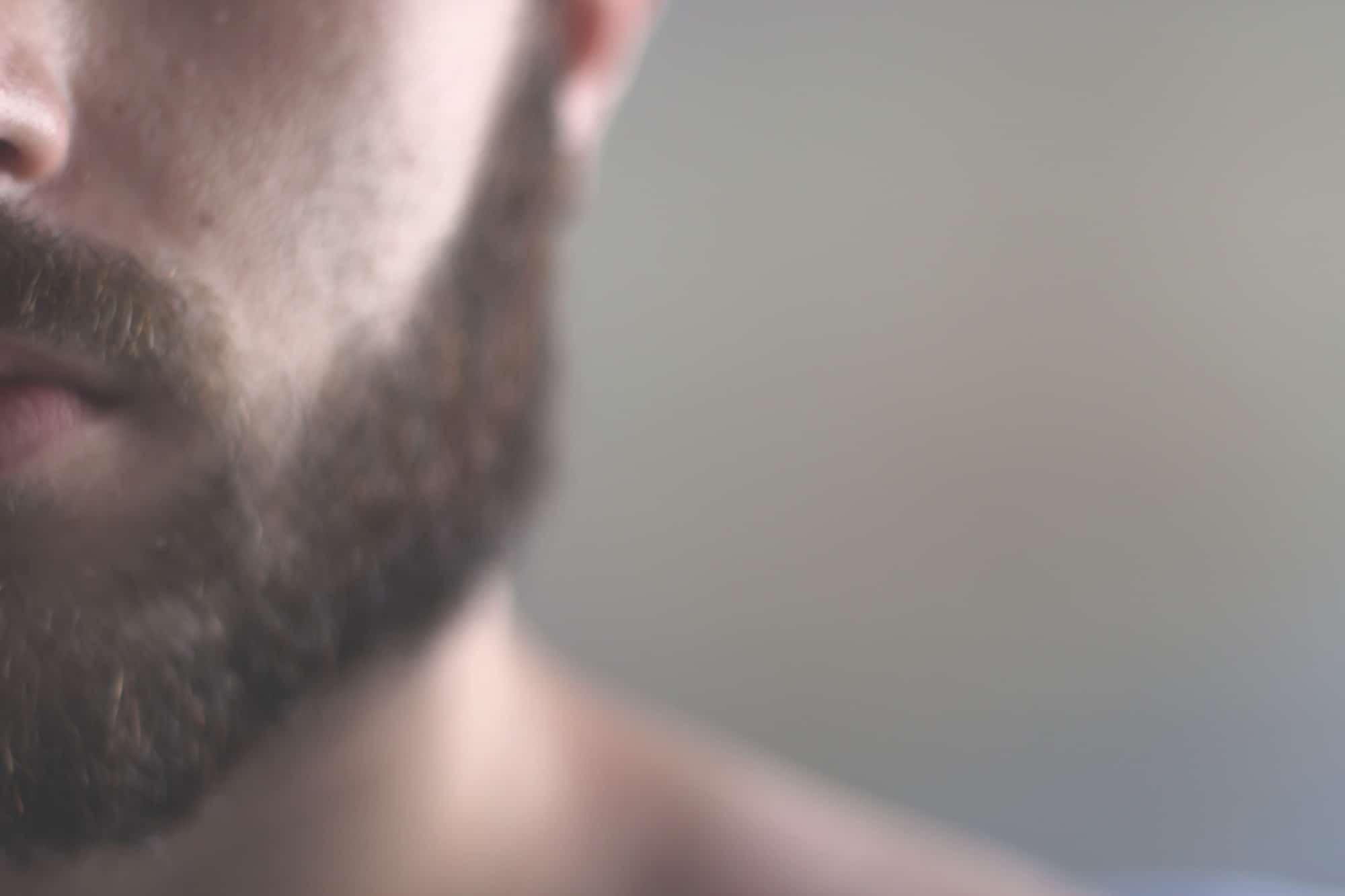 Homem, barba e bigode, foto barbudos.pt